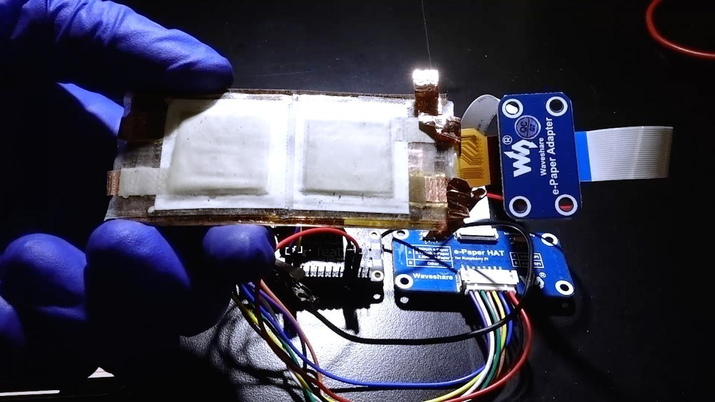 The researchers demonstrated their battery's potential by using it to power a flexible display system